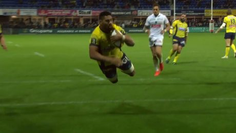 TOP 14 ‐ Essai Fritz LEE (ASM) – Clermont-Pau – J21 – Saison.mp4.00_01_42_03.Image fixe001